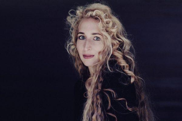 Сара Немцов